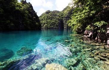 Il filme son road-trip aux Philippines avec un drone
