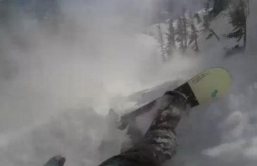 Tom Oye pris dans une avalanche au Canada