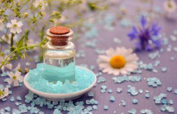 Aromathérapie au quotidien : 5 huiles essentielles pour lutter contre l'angoisse et le stress